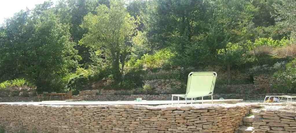 http://faceauventoux.fr/wp-content/uploads/2017/01/ventoux-mur-piscine.jpg